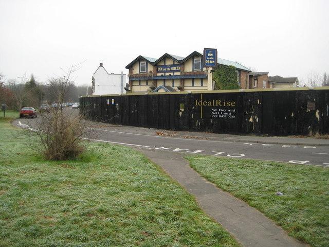Denham Green: The Inn on the Green public house