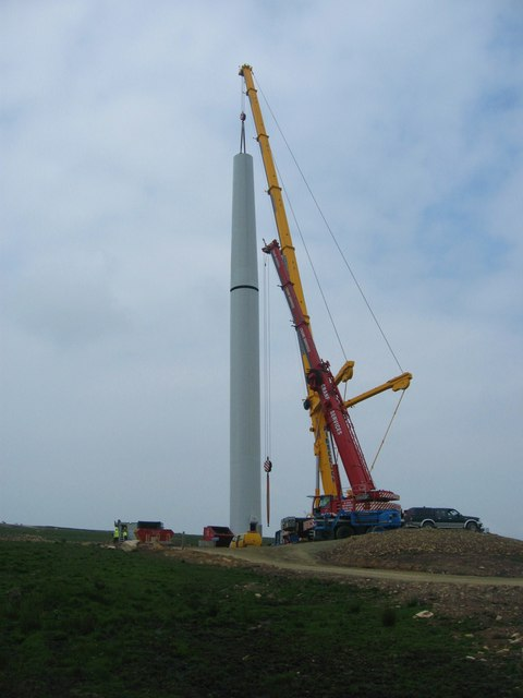 Attaching the top section of Turbine No 17