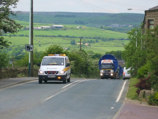 Turbine Tower Convoy on Rochdale Road