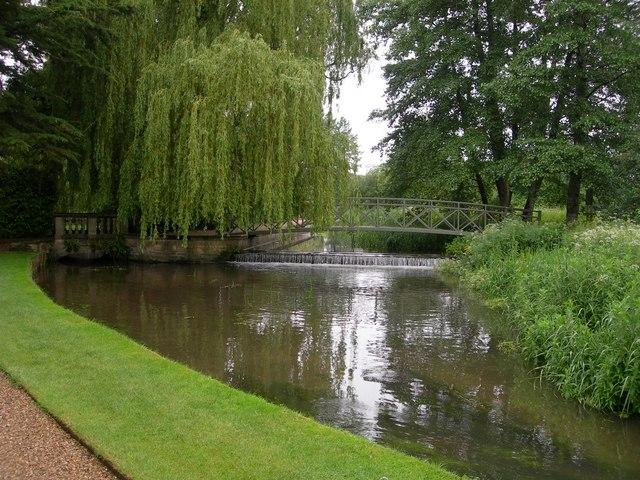 River Piddle, Athelhampton House