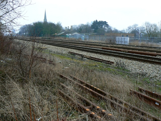 West Country to Paddington railway, Swindon