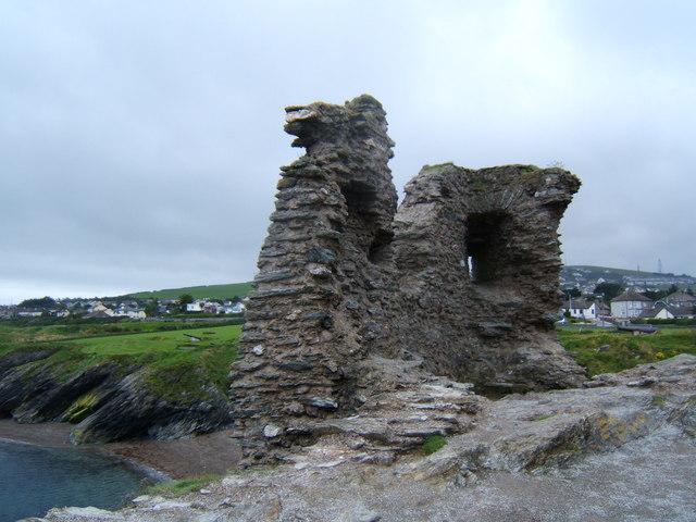 Ruins of Black Castle, Wicklow Harbour