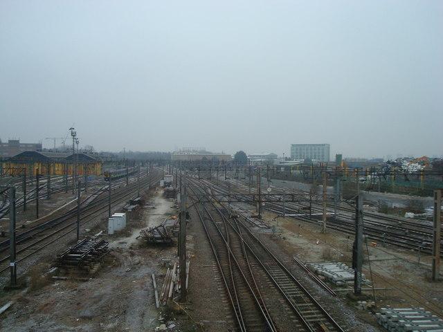 West Coast Main Line, Willesden Junction