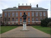 TQ2579 : Kensington Palace and King William III by Sheila Madhvani