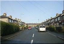 SE0724 : Gibraltar Avenue - Parkinson Lane by Betty Longbottom