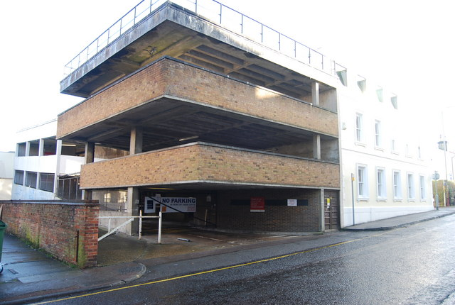 Small multi storey car park, Garden St by N Chadwick