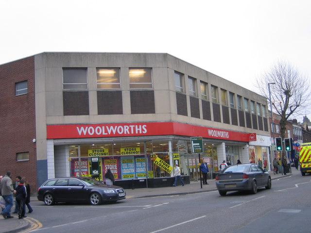 Woolworths High Street, Kings Heath © Roy Hughes cc-by-sa