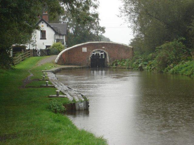 Tattenhill Lock