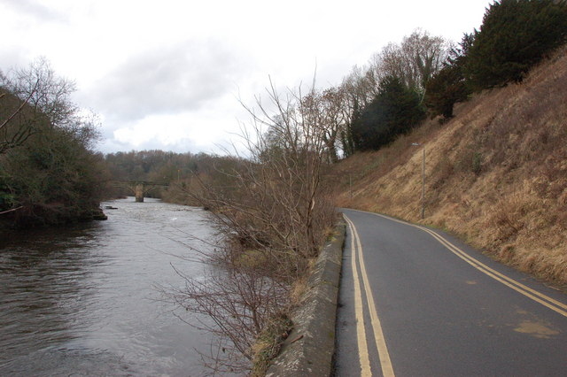 Riverside Road and the River Swale