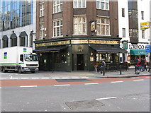 TQ2879 : The 'King's Arms', Buckingham Palace Road, London SW1 by Dr Neil Clifton