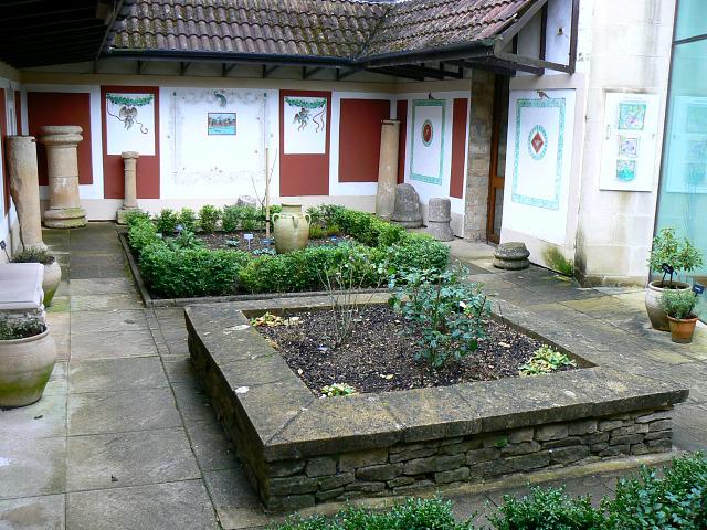 Roman Garden (1) Corinium Museum, Cirencester