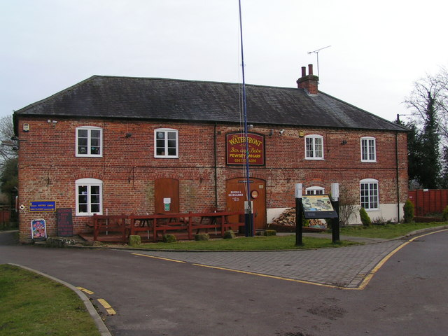 The Waterfront at Pewsey Wharf
