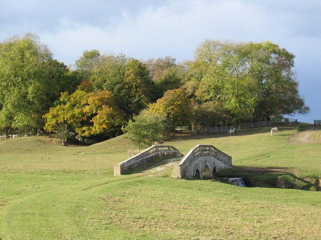 The bridge in Hovingham Park