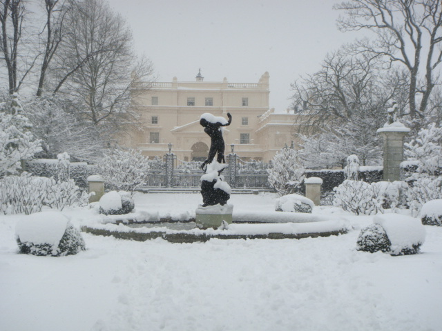 St John's Lodge Regent's Park in the snow
