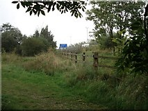 SU6570 : The M4 near Burghfield by Simon Mortimer