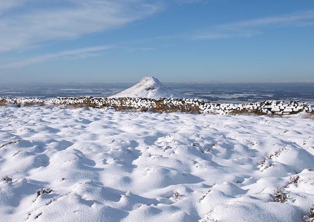 Snow on Newton Moor