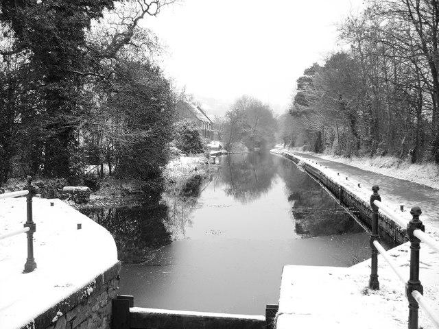 Snow Scene at Five Locks, Pontnewydd