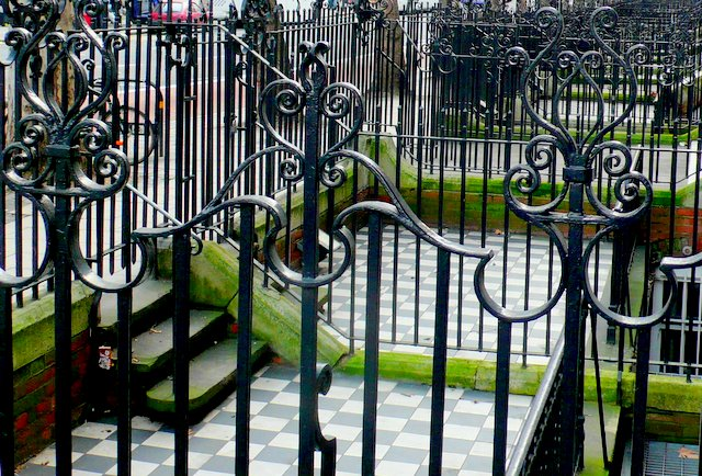 Wrought Iron Fencing on Buckingham Palace Rd