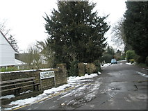 SU9948 : Snow clearing in Flower Walk by Basher Eyre