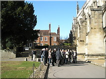 SU4829 : Guided tour outside Winchester Cathedral by Basher Eyre