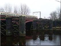 NS6162 : Dalmarnock Railway Bridge by Stephen Sweeney