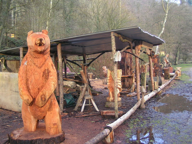 Wood carvings created by matt crabb the uk chainsaw carving