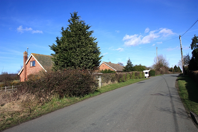 Houses on the Hook link road