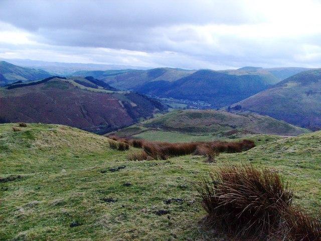 From Foel-yr-hydd south ridge