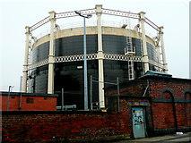 SJ9274 : Gas holder, Garden Street, Macclesfield by Jonathan Billinger