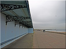 NZ3573 : Promenade Shelter, Whitley Bay by wfmillar