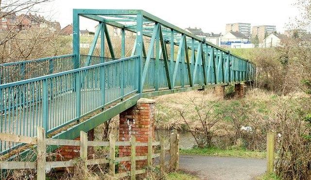 Footbridge near Dunmurry (2)