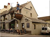TQ2105 : Crown & Anchor, Shoreham-by-Sea by Ian Paterson