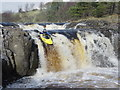 NY9027 : Low Force - normal line in moderate water by Andy Waddington