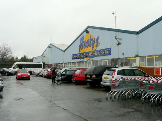 Hootys Superstore