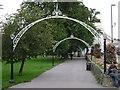 SP3165 : Linden Avenue, Pump Room Gardens by Robin Stott