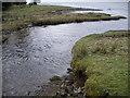NR9994 : Barnacarry Burn flowing into Loch Fyne by John Ferguson