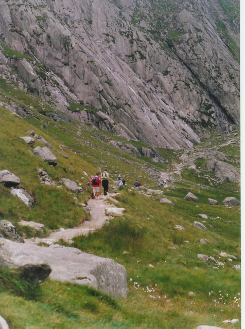 The path to Idwal Slabs