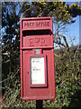 SW9266 : Winnard's Perch Postbox by phil