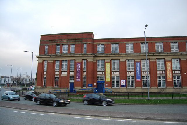 Peel College, Bury