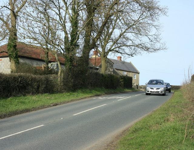2009 : A368 passing Utcombe Farm