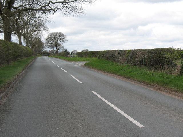 Junction of Lynn Lane and Raikes Lane
