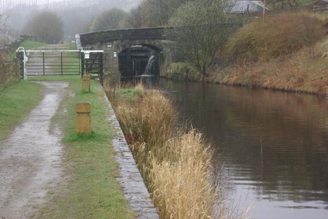 Pike House Lock, Rochdale Canal