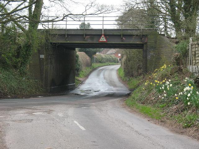 Railway bridge, Hall Lane