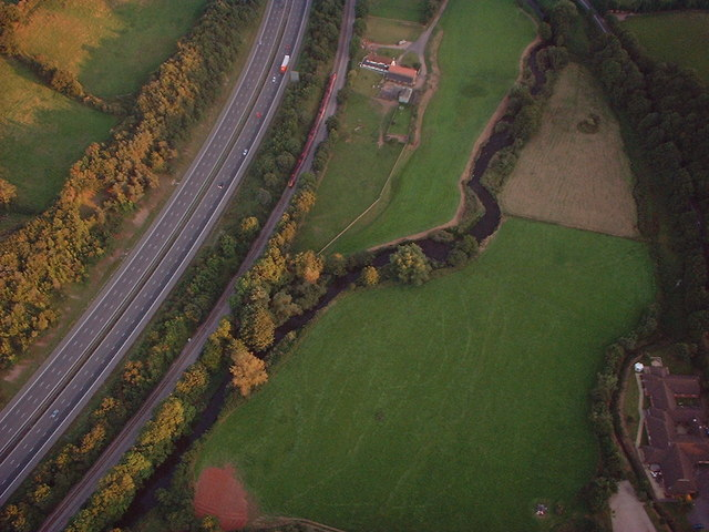 Cullompton : River Culm and M5 Motorway