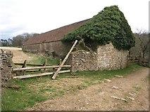 SO9700 : Barn south of Coates by Derek Harper