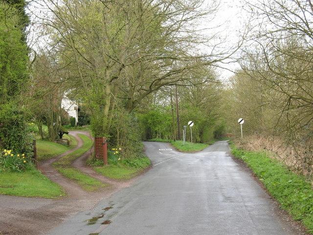 Junction of Meg Lane and Rake Hill