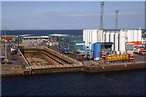 NJ9505 : Dry dock, Aberdeen by Mike Pennington