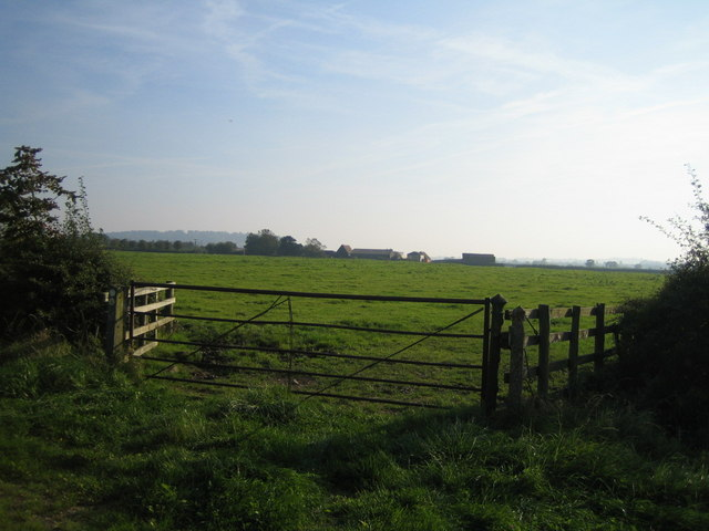Lower South Farm near Doddershall