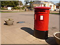 SZ1993 : Highcliffe: postbox № BH23 96, Saulfland Place by Chris Downer