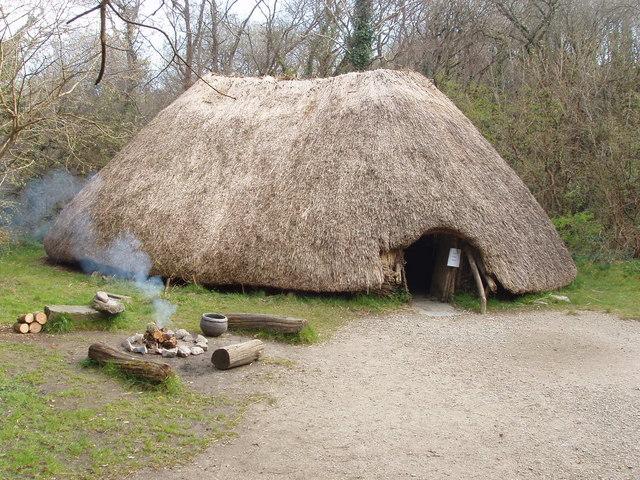 First Irish farmers hut, Irish National Heritage Park